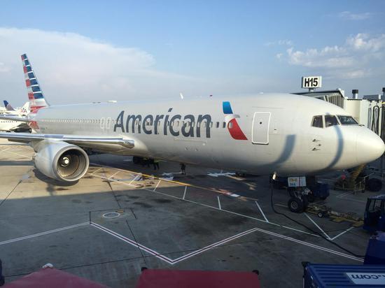同一天 美国两家航企取消两条直飞中国航线