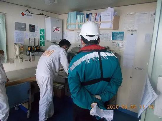 疫情下全球百万海员海上漂泊:有人崩溃自杀 有人打算转行