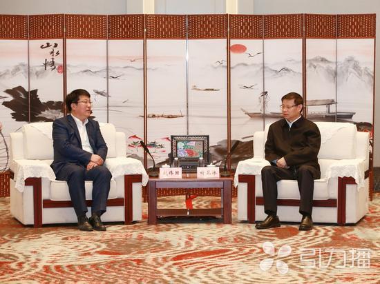 许昆林会见紫光集团董事长兼首席执行官赵伟国一行