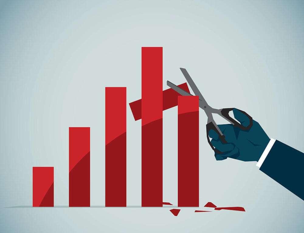 杨德龙:规避或大幅计提商誉减值公司