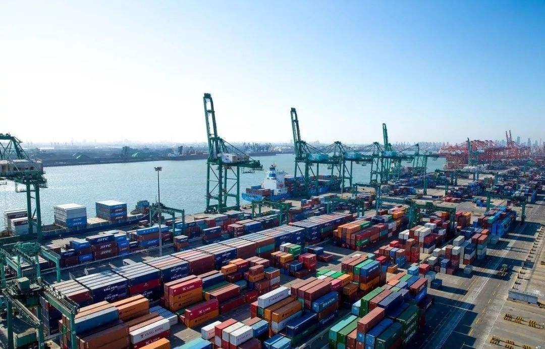 黄奇帆:国际贸易格局已发生根本变化