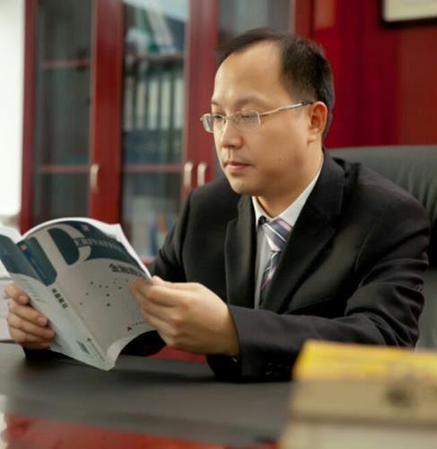 「凯利手机客户端」霸道总裁太撩人!钟汉良帅气,张翰苏爆,胡歌逆袭,他却成经典!