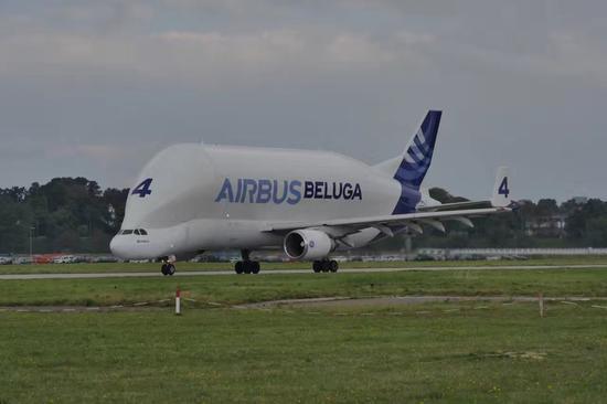 与波音公司的飞机制造一个很大的不同是