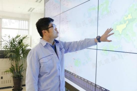 图说:场务气象监测试飞中心供图