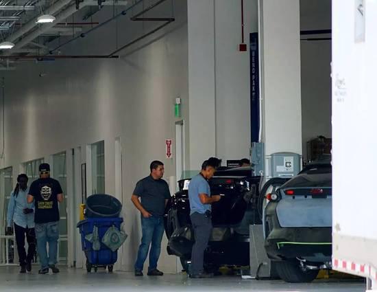 法拉第未來公司廠房,圖片由本文記者提供