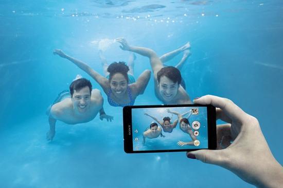 索尼手机宣传防水却不能在水下用 在美败诉要赔偿