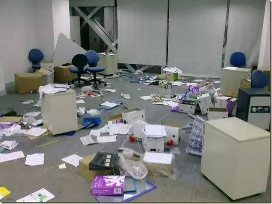 钱宝网被质疑跑路 投资人无法提现办公室人去楼空?