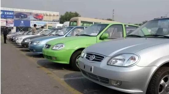 ▲夏利N3汽车(图片来源:视觉中国)