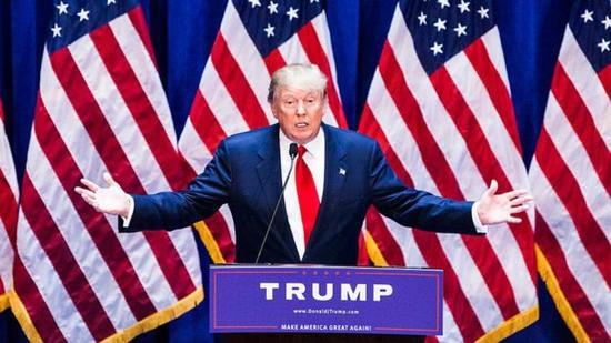 在竞选活动中,特朗普曾警告美国有一些指标显示其是欠发达国家