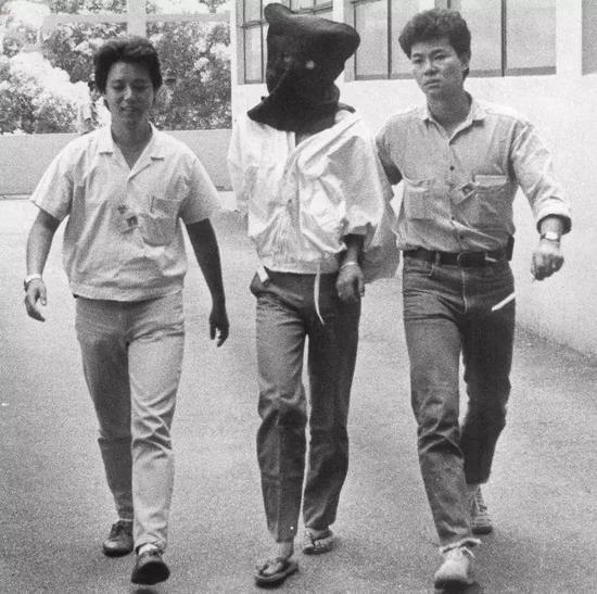 被逮捕的陳虎矩,香港,1985年
