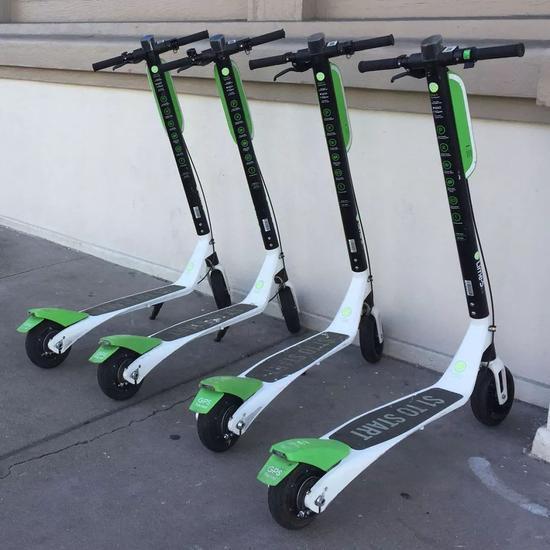▲在美國各大城市瘋狂生長的滑板電動車圖源:Tekla Perry