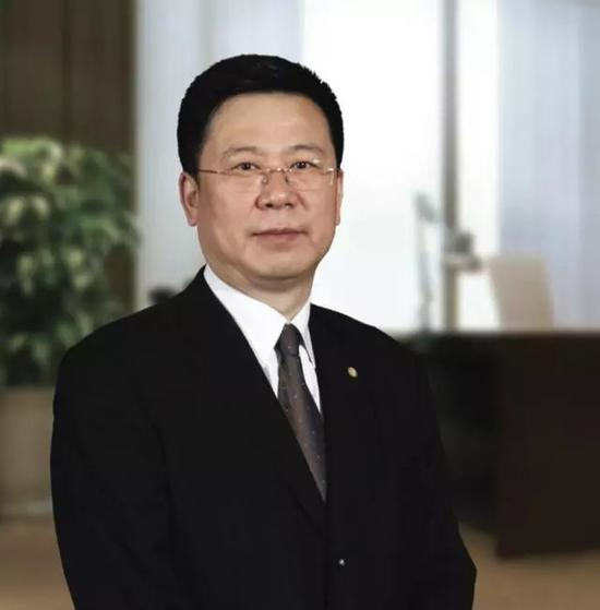 王滨履新中国人寿集团董事长 三年再造一个新国寿?