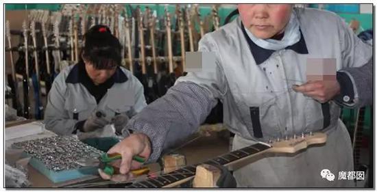 小镇、情趣内衣、小提琴…洛阳超猛棺材横扫全卖床的中国哪里情趣有图片