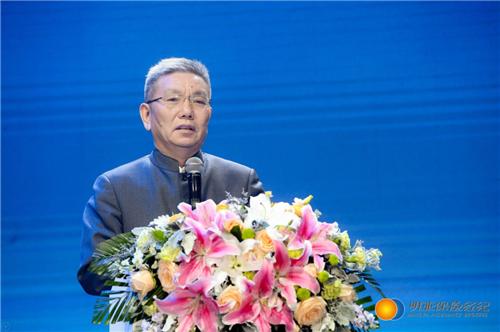 「博彩赛鸽2015」商务部:消费连续5年成为中国经济增长第一拉动力