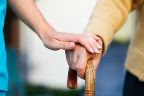 当我们老去,真正能靠什么养老?