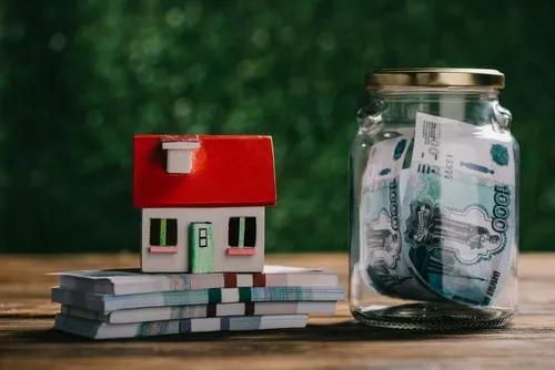 黄志龙:国民储蓄率十连降!钱都去哪了?