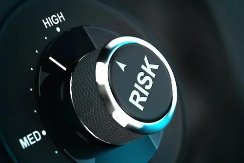 海外消金市场观察:危机是如何形成并蔓延的?