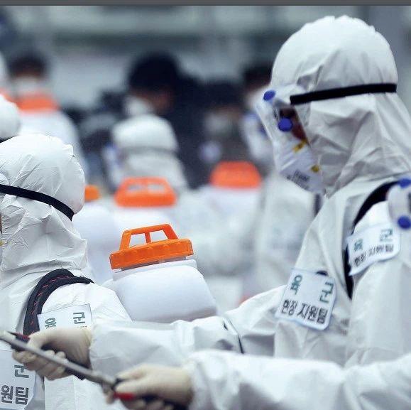 """中国新闻周刊:疫情期间制定经济政策应""""救急不救穷"""""""