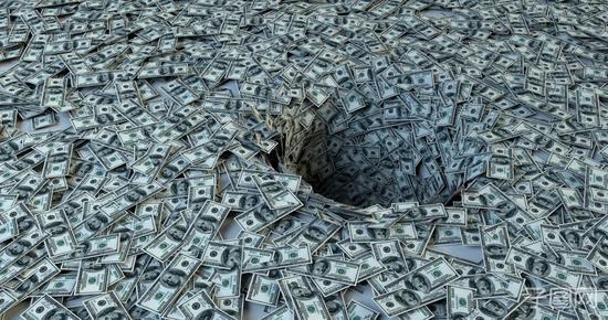 """美国""""瘦身版""""疫情纾困方案被否决 1万亿美元变5000亿"""