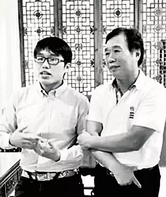 黄志贤、黄龙熙父子。图/受访者提供