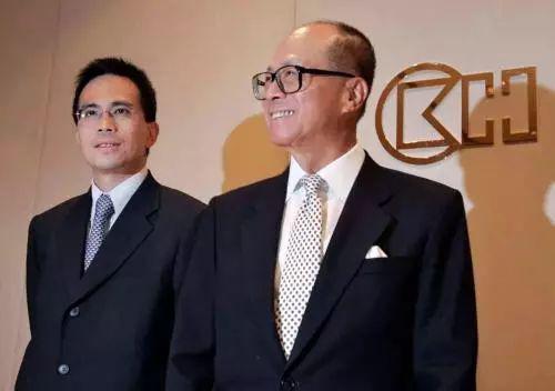 其实早在2012年,李嘉诚就做出了让李泽钜管理李家旗下数千亿资产的决定。
