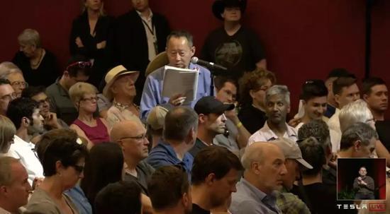 曾提議將馬斯克趕下董事長位置的Jing Zhao再次提案