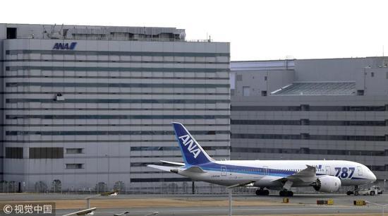 """▲资料图片:2013年1月16日,全日空一架波音787""""梦想客机""""当天上午因电池问题紧急降落。"""