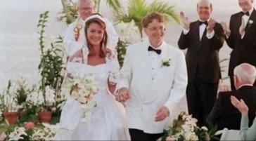 盖茨夫妇各聘请一名贝索斯离婚案律师 比尔盖茨出轨前女友是离婚原因?
