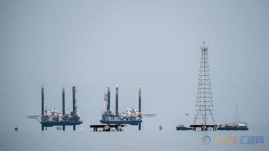 油价年底仍可能升至120美元 当前下跌或是买进良机?