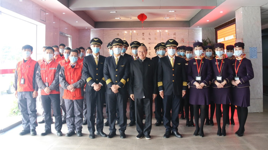 海航集团董事长陈峰赴多地调研航空安全生产情况