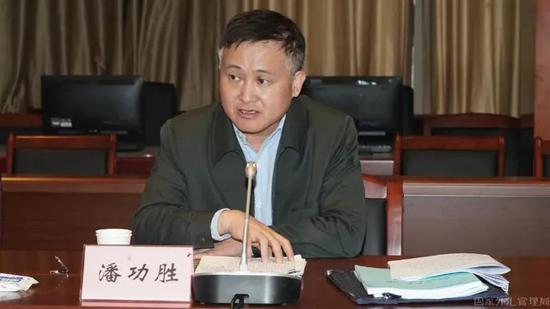 外汇局局长潘功胜赴河北巨鹿开展扶贫调研