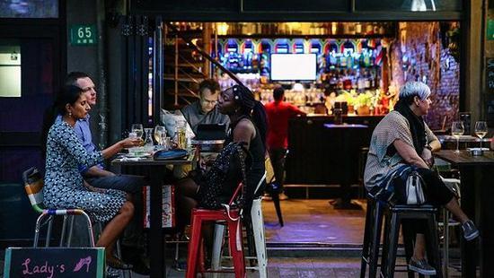 上海的运动酒吧