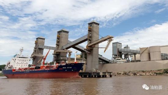 巴拉那河水位降至80年来最低 南美大豆运输受影响