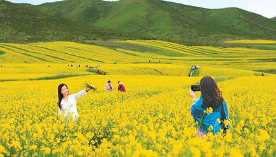 人民日报海外版:旅游就业圈越扩越大
