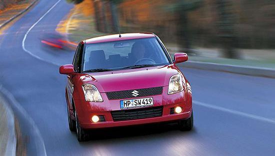 Suzuki-Swift-2005