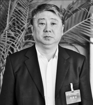 """游戏平台通博-牛!英德这间学校女足勇夺""""省长杯""""季军"""