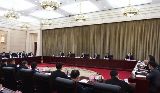 尹力省长与刘永好等19位川商座谈交流 坚定发展信心共克疫情挑战