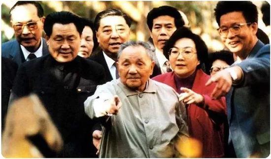 |1992年邓小平在南方考察