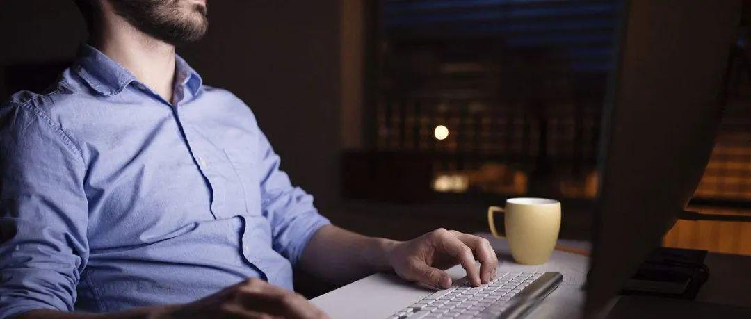算法控制下的打工人:劳动内卷与群体焦虑
