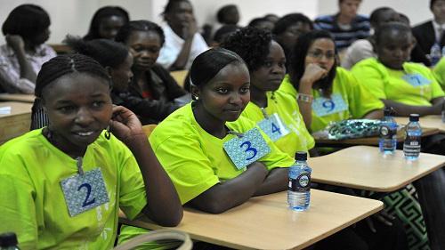 德媒称肯尼亚学中文蔚然成风:学好中文有利于就业