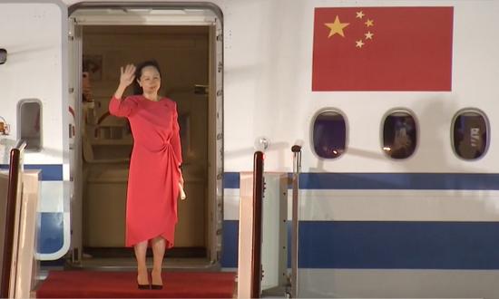 刷屏!孟晚舟回国后发表感言:信仰如果有颜色,一定是中国红!律师:她没有认罪