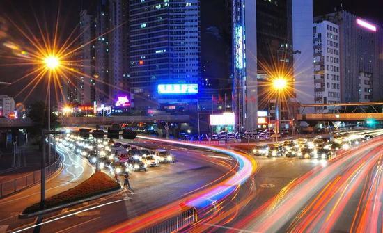 华纳平台加盟代理网址,42个外资项目在上海集中签约,投资总额约550亿元
