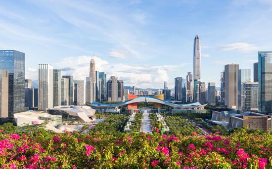 香港五分彩规则 CBA赛场西热力江与球迷发生冲突 用冰袋砸人恐被姚明重罚!