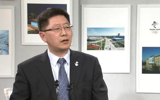 北京冬奥组委文化活动部副部长:火炬体现艺术和科技完美融合