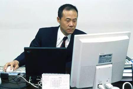 王石:民营企业也有两权分离的必要 向国营企业学习
