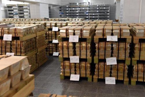 黄金储备暴增500%后 俄罗斯央行金库内部首次曝光