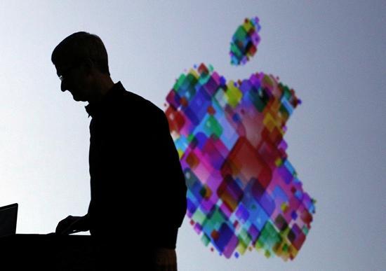 2012年6月11日,加州舊金山,蘋果首席執行官蒂姆·庫克在2012年蘋果全球開發者大會上(WWDC)發表主旨演講。Justin Sullivan Getty Images