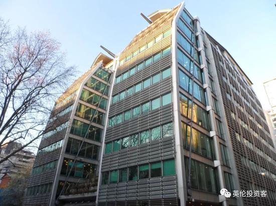 劳埃德银行总部大楼25 Gresham Street外观