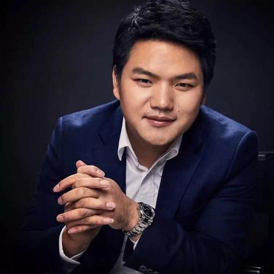 杜均,重庆开县人,1986年出生。