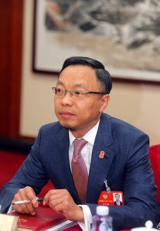 全国政协委员吕红兵
